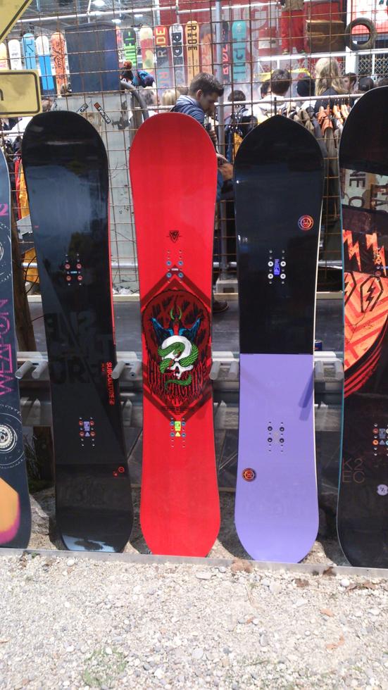 K2 Subculture Hitmachine Happyhour 2015 con Simone Biondo che complotta sullo sfondo