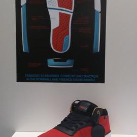 La prima scarpa pensata appositamente per il downhill skateboarding e il freeride...thanks Metro!
